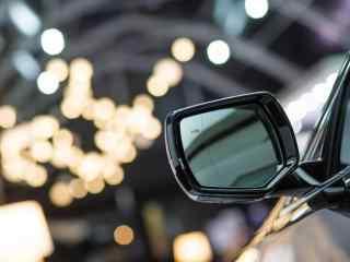 凯迪拉克汽车反光镜桌面壁纸