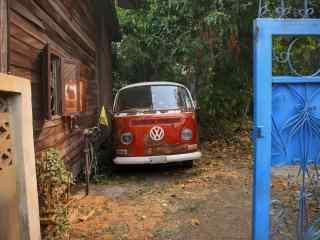 文艺复古大众汽车风景壁纸