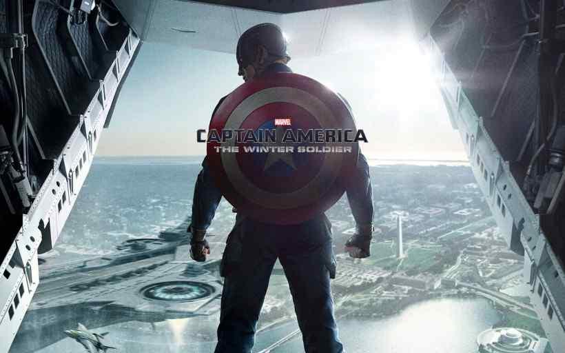 美国队长背影高清主题壁纸