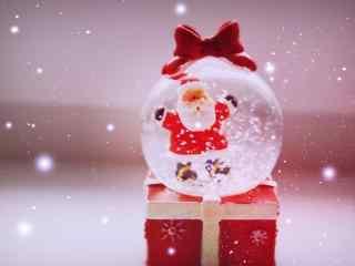 玻璃球中的圣诞老人玩偶桌面壁纸