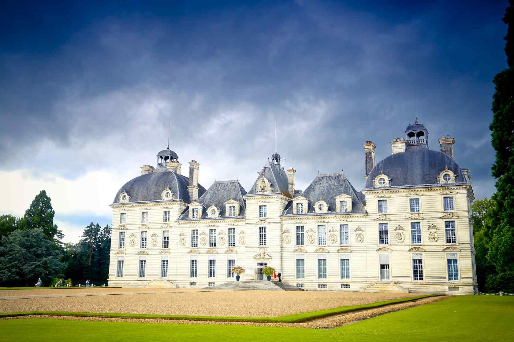 最童话的城堡之阴霾天空下的卢瓦尔河香波城堡