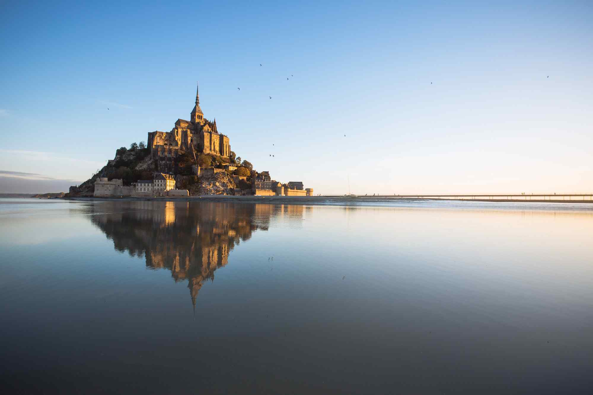 最童话的城堡之涨潮之后的圣米歇尔山城堡