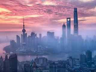 上海三座高楼大厦并肩而立桌面壁纸