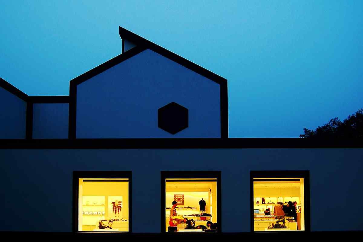 夜幕降临下的苏州博物馆桌面壁纸