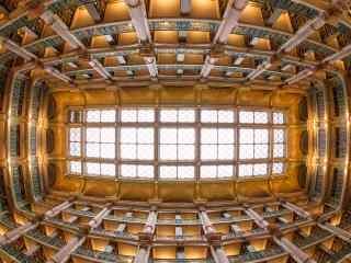 图书馆的屋顶桌面