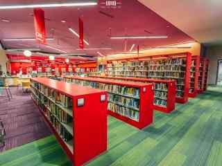 红色图书馆设计桌