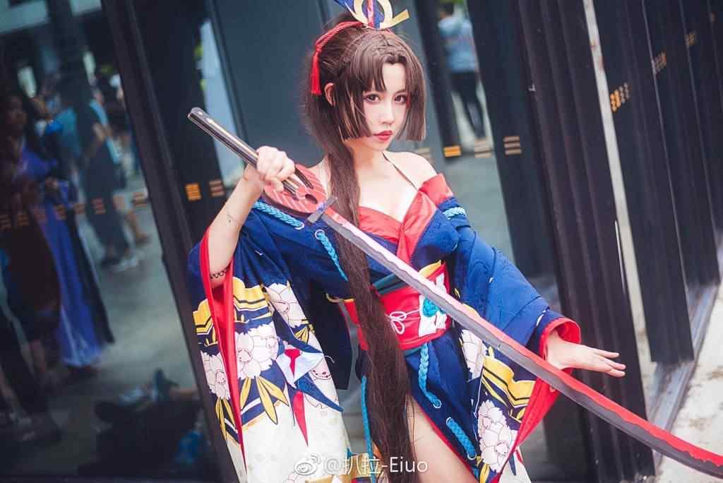 妖刀姬樱雨刀舞cosplay桌面壁纸