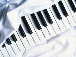 黑白钢琴键唯美简约小清新壁纸图片