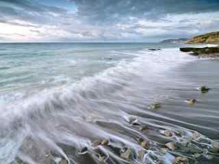 美丽沙滩海浪风景