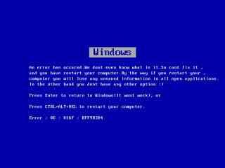 愚人节整蛊电脑破损蓝屏桌面壁纸