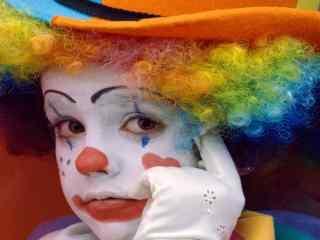 愚人节可爱搞笑的小丑桌面壁纸