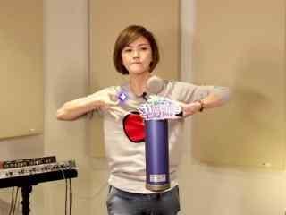 我想和你唱孫燕(yan)姿後台(tai)錄音搞笑照片(pian)