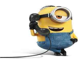 电影神偷奶爸3可爱打电话的小黄人头像壁纸