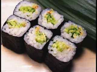寿司青瓜卷蔬菜桌面壁纸