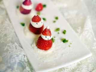 可爱的小雪人蛋糕美食桌面壁纸
