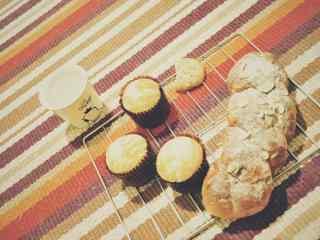 早餐面包小清新图片高清桌面壁纸