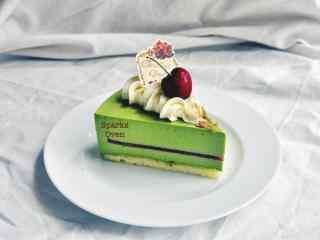 抹茶味切片水果蛋糕图片