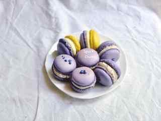 蓝莓口味的马卡龙桌面壁纸
