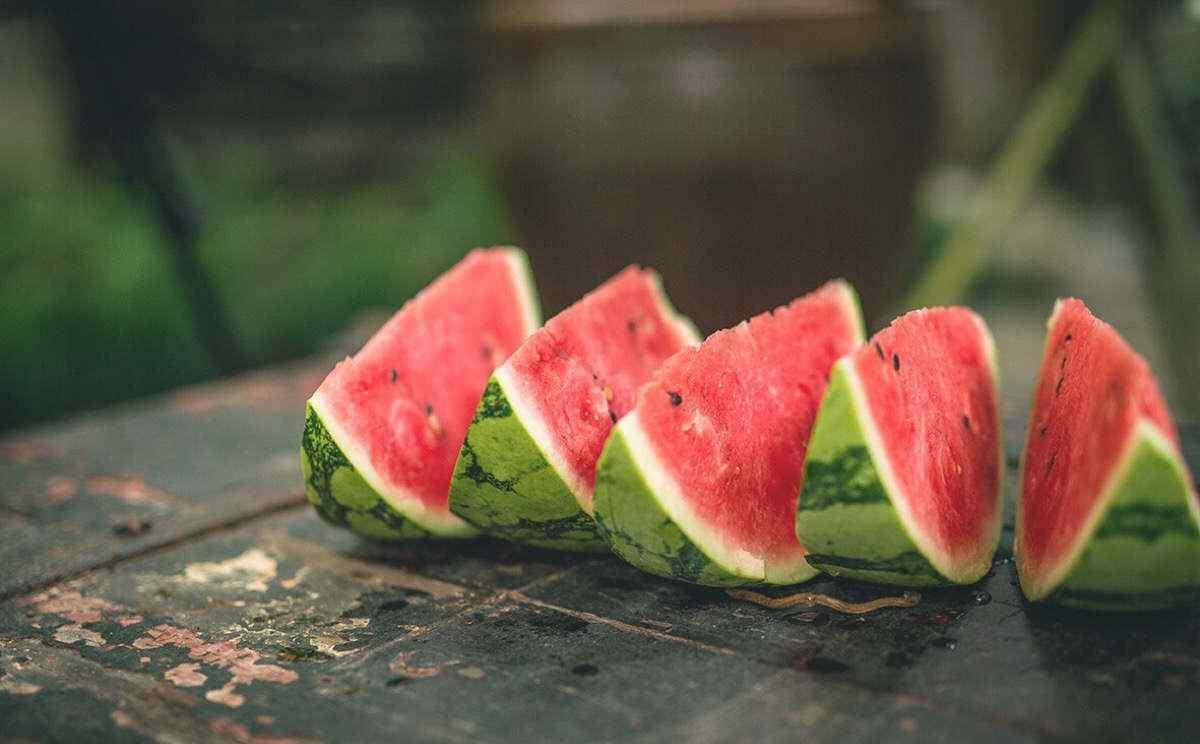 夏日美味的西瓜壁纸