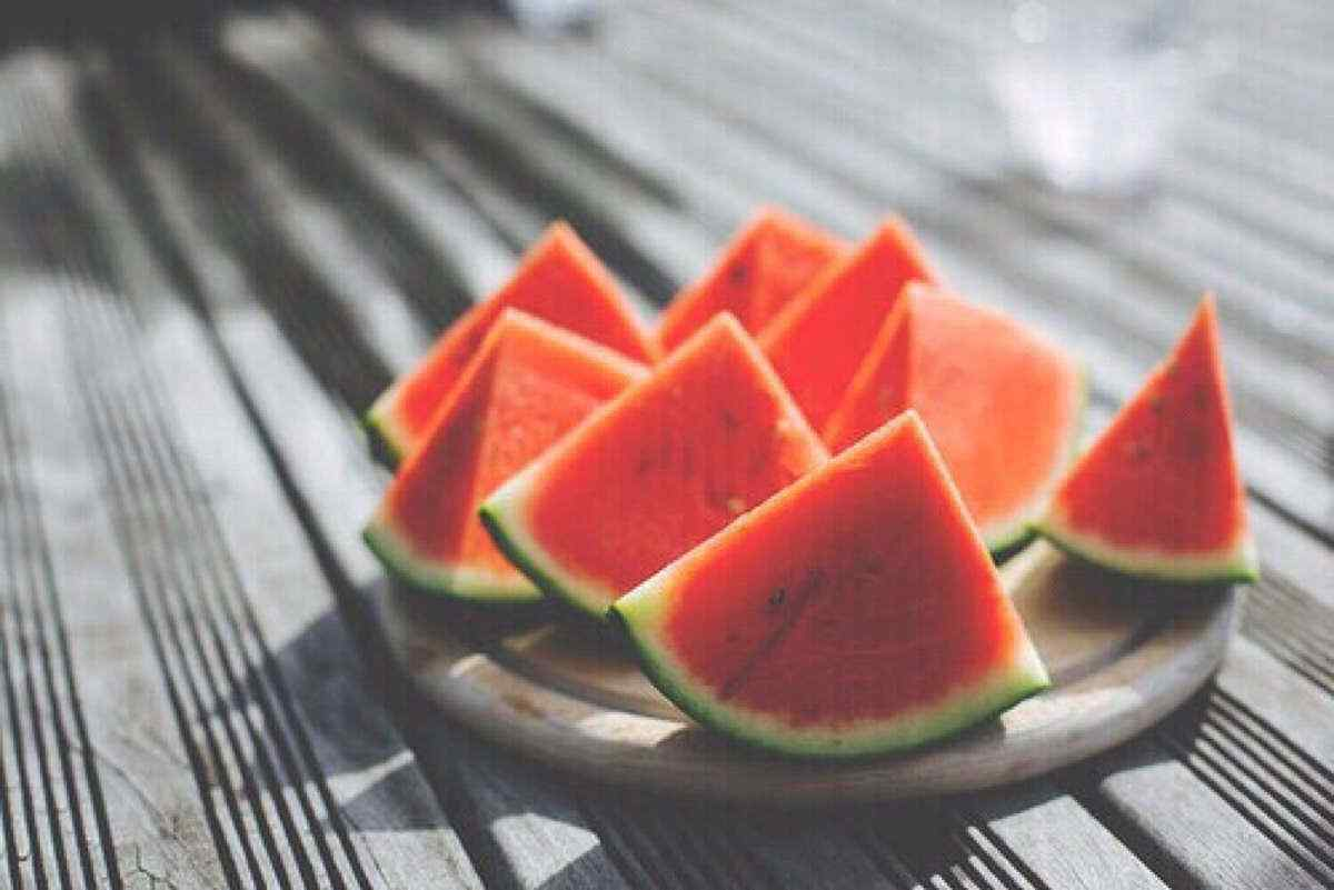 夏日西瓜摄影图片壁纸
