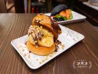 小清新夏日美味冰激凌桌面壁纸
