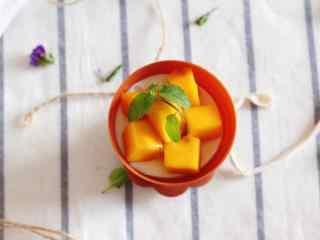 夏季甜品芒果盆栽冰淇淋桌面壁纸