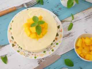 浓香可口的芒果千层蛋糕桌面壁纸
