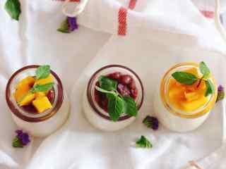 醇香可口的芒果布丁桌面壁纸