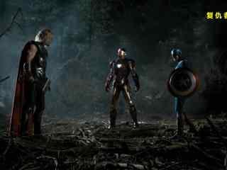 复仇者联盟之雷神美队钢铁侠商议桌面壁纸