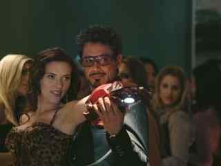 钢铁侠与黑寡妇共舞桌面壁纸