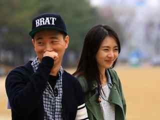 韩国综艺RunningMan之狗哥与女嘉宾桌面壁纸