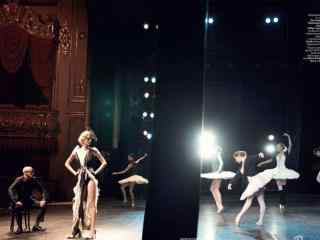 电影《黑天鹅》天鹅湖芭蕾舞蹈桌面影视壁纸5
