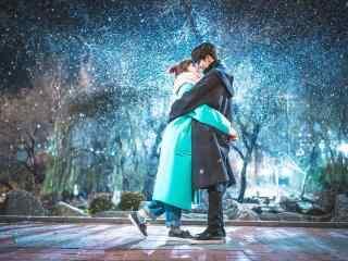 《举重妖精金福珠》南柱赫李圣经甜蜜接吻雪天唯美剧照桌面壁纸