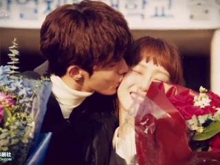 《举重妖精金福珠》大结局甜蜜拥吻剧照图片