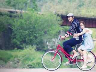 《仁显王后的男人》刘仁娜池贤宇浪漫剧照