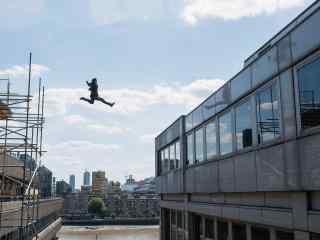 碟中谍6:全面瓦解汤姆克鲁斯危险动作高清剧照
