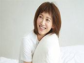 演员苏青可爱笑容
