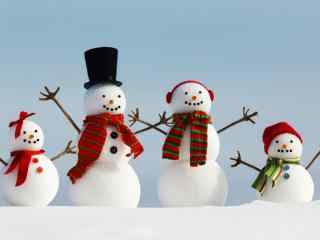 可爱的一家雪人玩