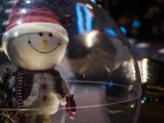 可爱微笑的雪人玩偶桌面壁纸
