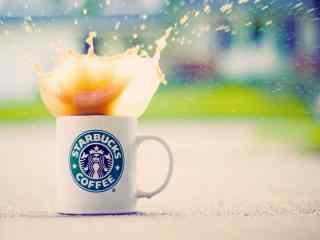 星巴克咖啡唯美创意桌面壁纸