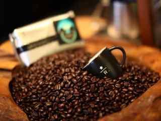 星巴克高品质咖啡豆高清图片桌面壁纸