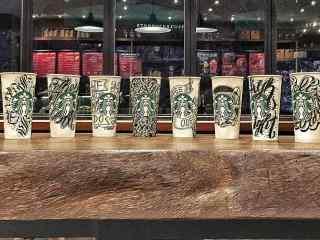 星巴克杯子创意手绘图片桌面壁纸