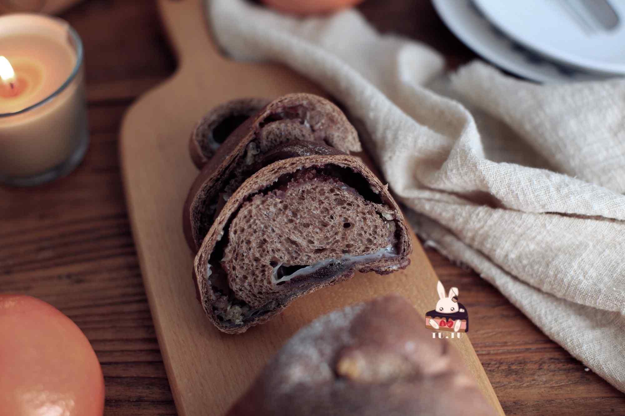 美味的巧克力面包图片
