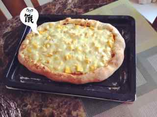 创意自制的小披萨图片