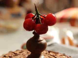 红色樱桃文艺小清新静物图片桌面壁纸