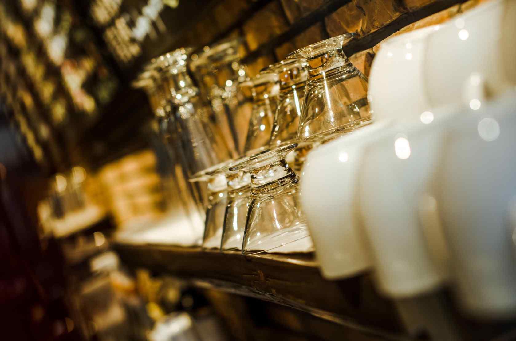 唯美咖啡屋_唯美好看的咖啡馆杯具桌面壁纸 -桌面天下(Desktx.com)