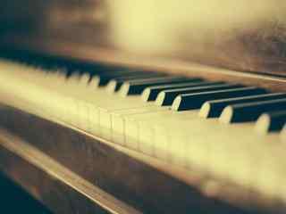 怀念旧时光复古旧物钢琴高清壁纸
