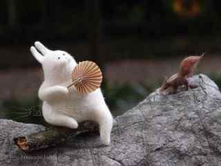 可爱的毛毡小兔子桌面壁纸