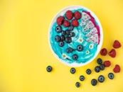 颜色鲜艳的水果拼