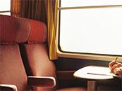 宁静火车唯美桌面